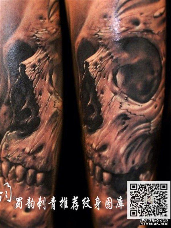 最新锁骨3d玫瑰花纹身