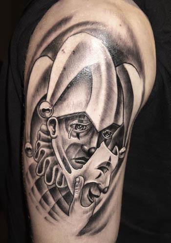 背后是一张别人未知的一面,为朋友们分享一张#小丑纹身图案# 攀枝花纹