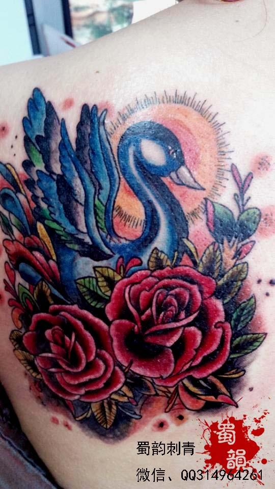 欧式玫瑰纹身花臂